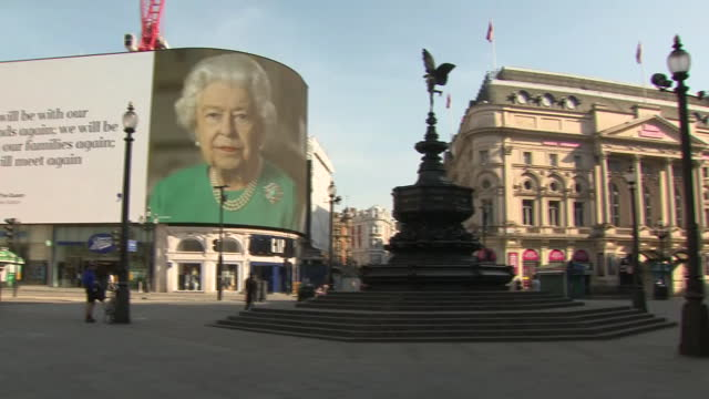 exterior shots of empty piccadilly circus with message of hope from queen elizabeth ii playing on video wall during covid-19 coronavirus pandemic on... - 2020 stock videos & royalty-free footage