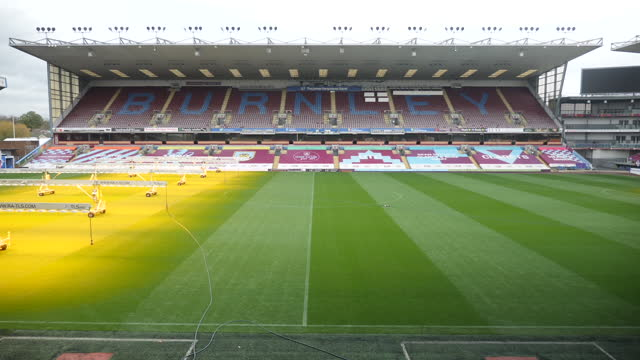 exterior shots of empty stands at turf moor stadium home of burnley football clud during the coronavirus epidemic on 15th november 2020, burnley,... - empty stock videos & royalty-free footage