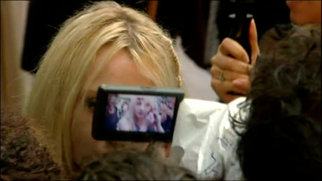 exterior shots of evanna lynch speaking to press at the premiere of harry potter and the order of the phoenix on july 03 2007 in london england - evanna lynch stock videos & royalty-free footage