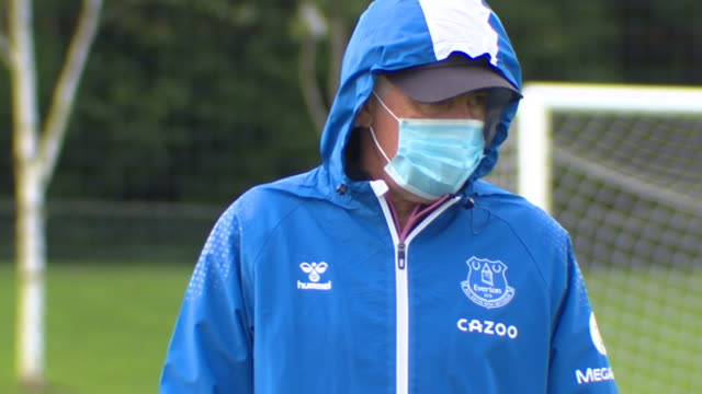 vidéos et rushes de exterior shots of everton captain seamus coleman and everton manager carlo ancelotti ahead of their premier league game v crystal palace on 24th... - everton