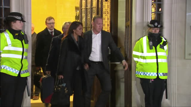 exterior shots of gina miller departing the supreme court on december 5 2016 in london england - 提訴点の映像素材/bロール