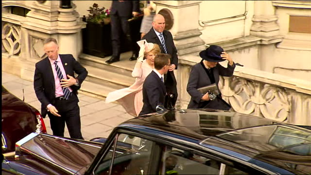 exterior shots of irish president micheal d higgins and prince charles departing the irish embassy and getting into waiting cars on april 08, 2014 in... - the cars stock videos & royalty-free footage