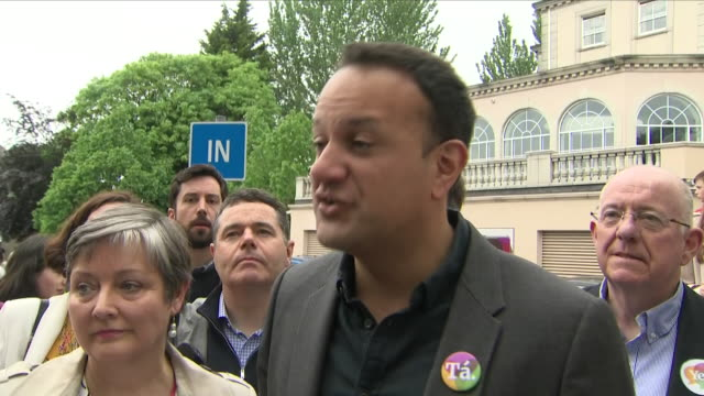 exterior shots of irish taoiseach leo varadkar speaking at a yes campaign event ahead of the irish referendum on abortion on 20 may 2018 in dublin... - leo varadkar stock videos and b-roll footage