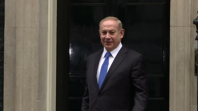 exterior shots of israeli prime minister benjamin netanyahu arriving at number 10 downing street to meet with theresa may>> on february 06, 2017 in... - benjamin netanyahu stock videos & royalty-free footage