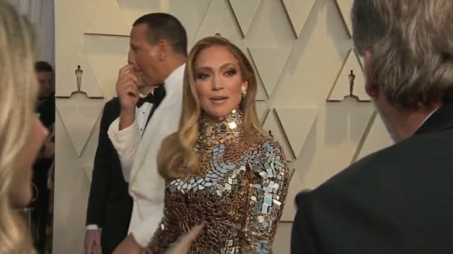exterior shots of jennifer lopez and alex rodriguez on the red carpet of the 91st academy award on 24th february 2019 in los angeles united states - アカデミー賞点の映像素材/bロール