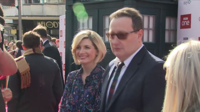 exterior shots of jodie whittaker on the red carpet at the dr who premiere on the 24th september 2018 in sheffield, united kingdom. - doctor who stock videos & royalty-free footage