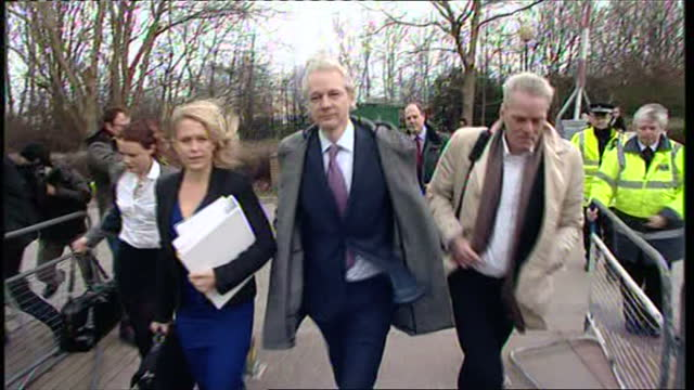 exterior shots of julian assange and members of legal team arrive at court for extradition hearing extradition hearing for julian assange at belmarsh... - 40 seconds or greater stock videos & royalty-free footage
