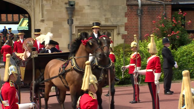 exterior shots of king willemalexander of the netherlands queen maxima of the netherlands riding in a horse drawn carriage during the royal order of... - carriage stock videos & royalty-free footage