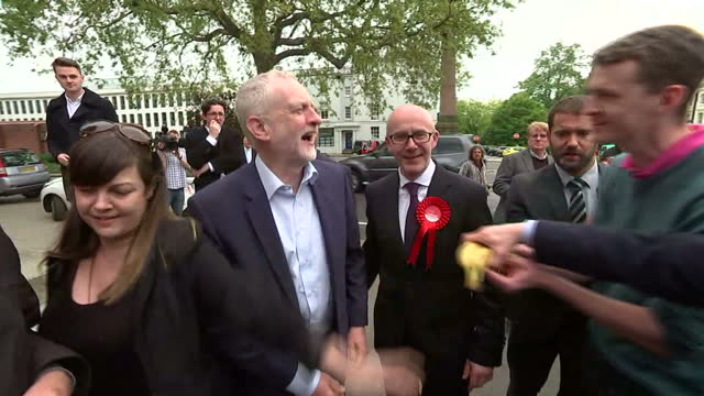 exterior shots of labour leader jeremy corbyn arriving for a campaign event in leamington spa and being greeted by matt western labour candidate for... - leamington spa stock videos & royalty-free footage