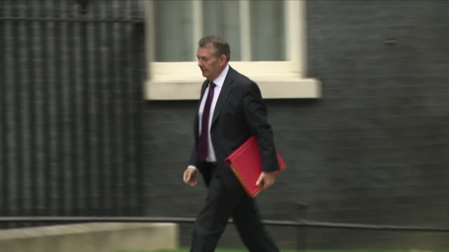 exterior shots of liam fox mp international trade secretary arriving at downing street and enters number 10 on 12th june 2018 in westminster london... - liam fox politician stock videos and b-roll footage