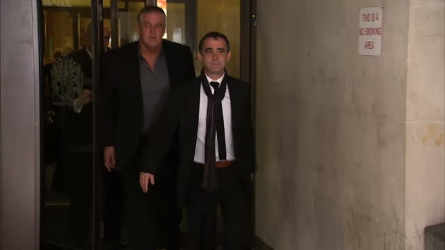exterior shots of michael le vell leaving manchester crown court and pose for photos before getting into waiting taxi and driving off michael le vell... - マイケル レ ベル点の映像素材/bロール