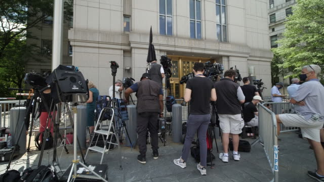 exterior shots of new york district courthouse with media gathered outside as ghislaine maxwell former girlfriend of jeffrey epstein appears inside... - ghislaine maxwell stock videos & royalty-free footage
