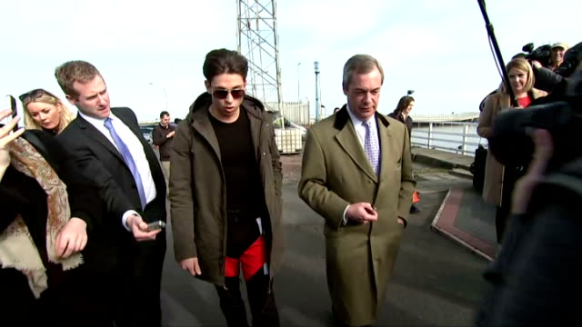exterior shots of nigel farage ukip leader meeting joey essex reality tv star on april 08 2015 in grimsby england - british liberal democratic party stock videos & royalty-free footage