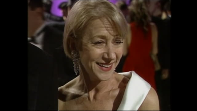 exterior shots of on helen mirren on the red carpet for the oscars vanity fair party on 24th march 2002 in los angeles, united states. - helen mirren stock videos & royalty-free footage