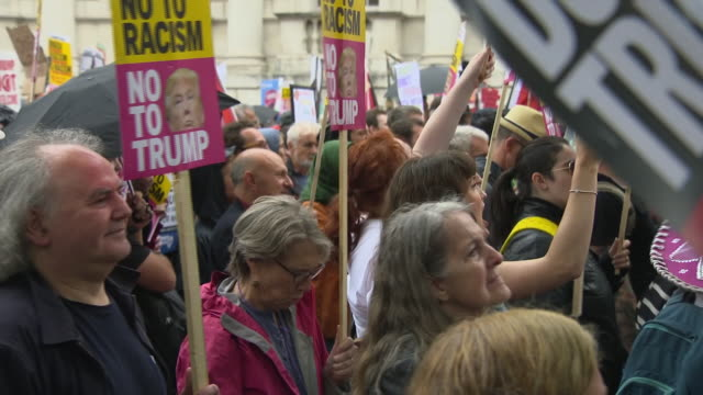 exterior shots of people on streets protesting against us president donald trump state visit on 04 june 2019 in london united kingdom - state visit stock videos & royalty-free footage