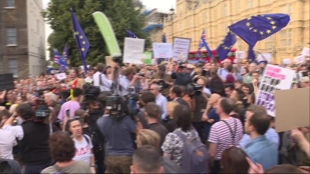 exterior shots of people protesting outside houses of parliament against plans to suspend parliament on 28th august 2019 in london, united kingdom. - brexit stock videos & royalty-free footage