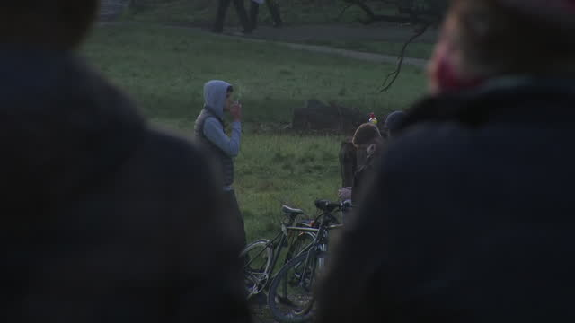 exterior shots of people watching a sunset over richmond park on 15 january 2021 in london, united kingdom - sunset stock videos & royalty-free footage