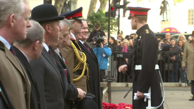 exterior shots of prince harry meeting military veterans during a visit to the field of remembrance at westminster abbey on november 09 2017 in... - remembrance day stock videos & royalty-free footage