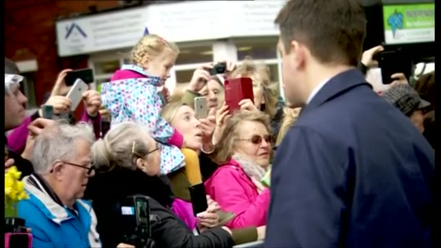exterior shots of prince william and catherine duchess of cambridge greeting people gathered for the royal visit on 6 march 2019 in blackpool, united... - blackpool stock-videos und b-roll-filmmaterial