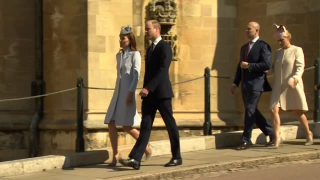 vidéos et rushes de exterior shots of prince william duke of cambridge and catherine duchess of cambridge followed by zara tindall mike tindall prince andrew duke of... - pâques