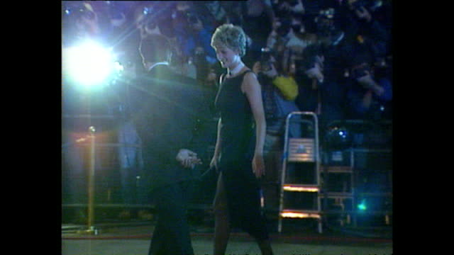 Exterior shots of Princess Diana Princess of Wales arriving at the film premiere of 'The Fugitive' on 23 September 1993 London England