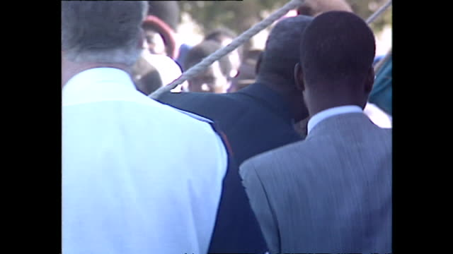 exterior shots of princess diana princess of wales leaving after a visit to at a red cross water station she is asked as she leaves by a reporter... - rotes kreuz organisierte gruppe stock-videos und b-roll-filmmaterial