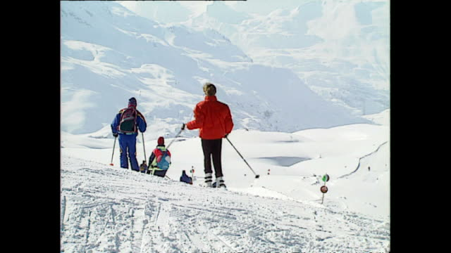 Exterior shots of Princess Diana Princess of Wales skiing with Prince William Prince Harry and friends whilst on holiday on 28 March 1993 Lech Austria