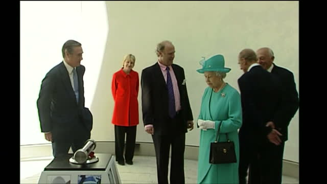 vídeos de stock e filmes b-roll de exterior shots of queen elizabeth ii and prince philip duke of edinburgh visiting the eden project being shown around by tim smit chief executive of... - st austell