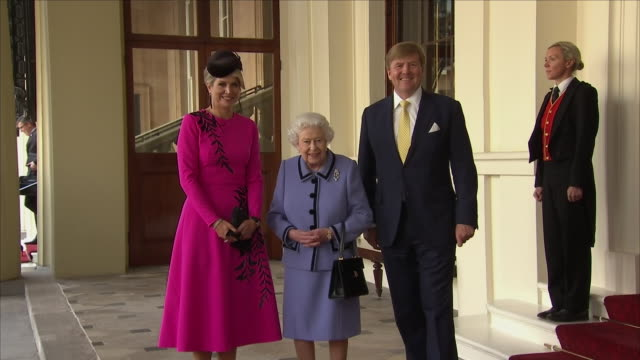exterior shots of queen elizabeth ii of britain with king willemalexander of the netherlands and queen máxima of the netherlands as the dutch royals... - king royal person stock videos and b-roll footage