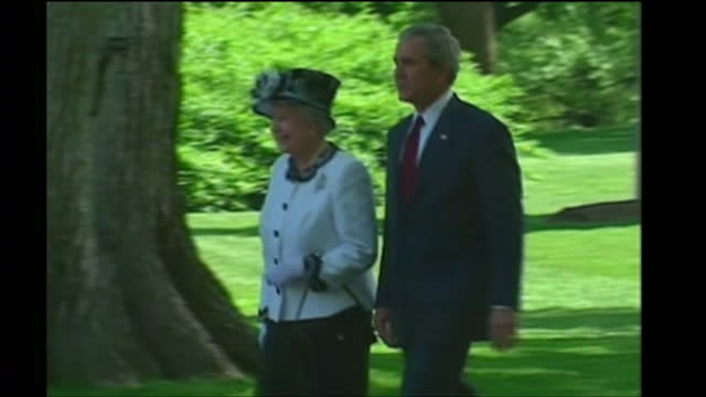 Exterior shots of Queen Elizabeth II walking with George W Bush on May 7 2007 in Washington United States