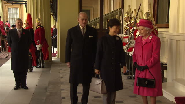 exterior shots of queen elizabthe ii arriving at buckingham palace with prince philip duke of edinburgh and park geunhye president of south korea in... - diplomacy stock videos and b-roll footage