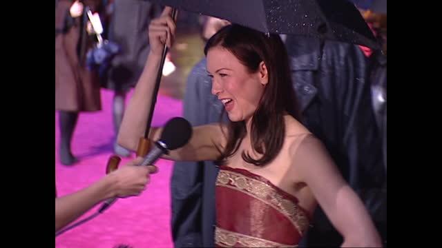 GBR: Bridget Jones: The Edge Of Reason - London Premiere 2004