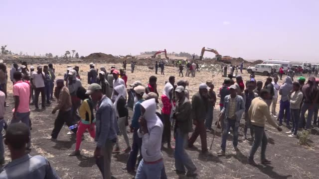 exterior shots of rescue team and government officials at the scene of the ethiopian airlines flight et 302 plane crash on 11 march near addis ababa,... - ethiopia stock videos & royalty-free footage