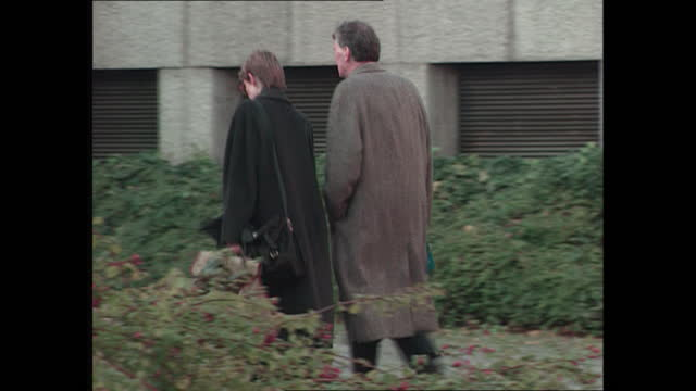 exterior shots of richard ferguson qc and sasha wass arriving at winchester crown court for the trial of rosemary west on 16th november 1995... - 1995 stock videos & royalty-free footage