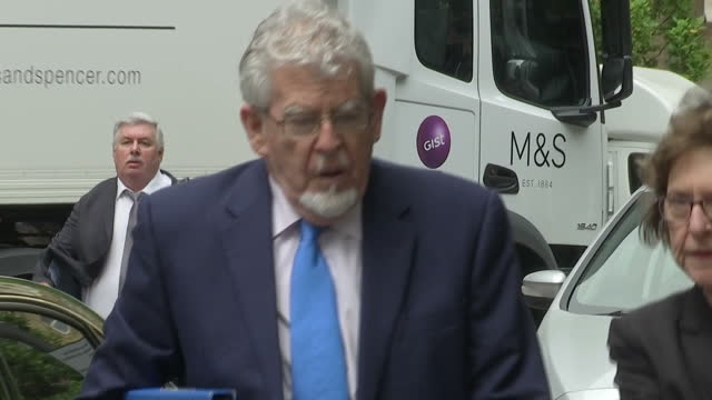 exterior shots of rolf harris arriving at southwark crown court and walking in on 30 may 2017 in london united kingdom - rolf harris stock videos and b-roll footage