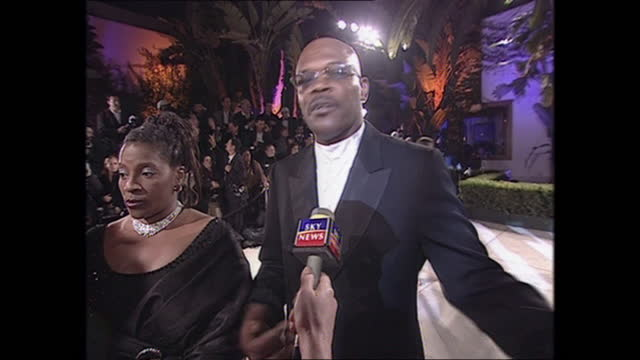 exterior shots of samuel l. jackson on the oscars vanity fair party red carpet on 26th march 2001 in los angeles, california, united states. - vanity fair stock videos & royalty-free footage