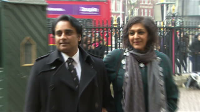 exterior shots of sanjeev baskar and meera syal arriving at westminster abbey.>> on march 17, 2015 in london, england. - meera syal stock videos & royalty-free footage