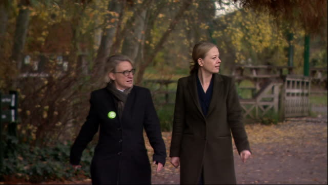 exterior shots of sian berry and natalie bennett walking after the launch of green party election manifesto on november 19, 2019 in london, united... - green stock videos & royalty-free footage