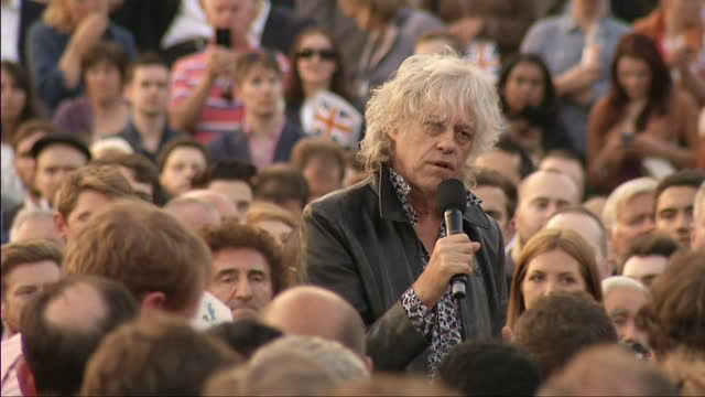 exterior shots of sir bob geldof addressing crowd gathered in trafalgar square in support of the no campaign in the scottish referendum on september... - bob geldof stock videos & royalty-free footage