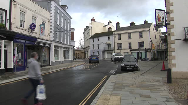 exterior shots of street scenes during covid-19 firebreak lockdown ahead of welsh first minister mark drakeford unveiling new national measures to... - small town stock videos & royalty-free footage