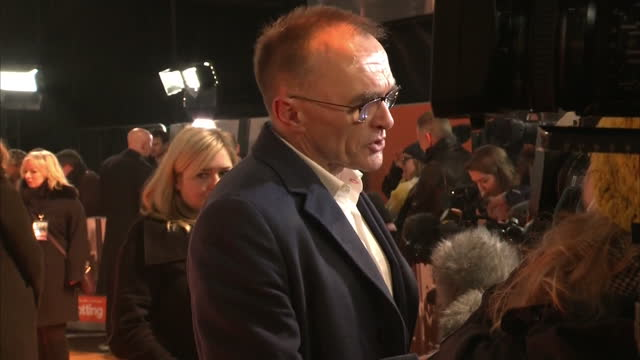 exterior shots of the actor ewen bremner and danny boyle on the red carpet of trainspotting 2 on january 22 2017 in edinburgh scotland - ewen bremner stock videos & royalty-free footage