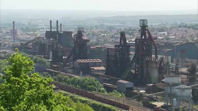 exterior shots of the arcelormittal blast furnace steel works site on june 04 2013 in florange france - blast furnace stock videos & royalty-free footage