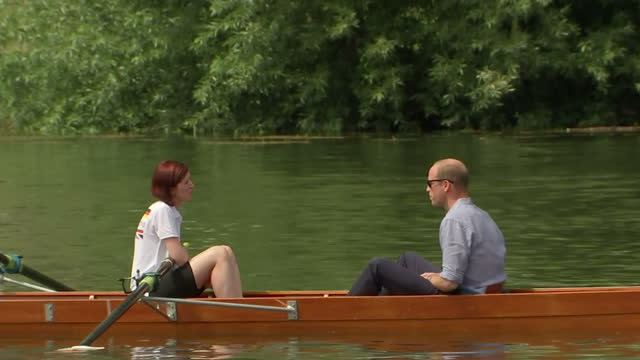 exterior shots of the duke and duchess of cambridge preparing to take part in a boat race on the river neckar during their visit to heidelberg, with... - ハイデルベルク点の映像素材/bロール