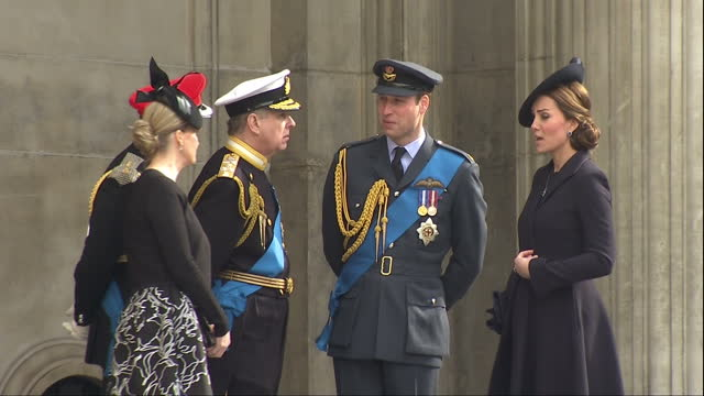 exterior shots of the duke and duchess of cambridge speaking to prince andrew prince edward and sophie countess of wessex on the steps of st paul's... - famiglia reale video stock e b–roll