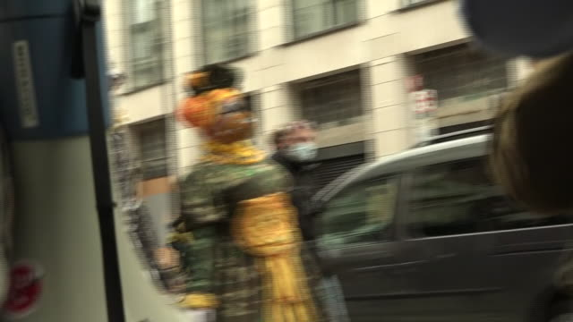 stockvideo's en b-roll-footage met exterior shots of the grand dames of panto marching through london's deserted theatre district to highlight the lack of government support, wearing... - clean