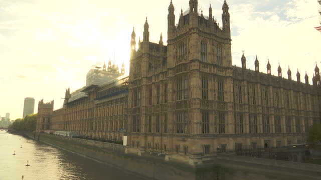 stockvideo's en b-roll-footage met exterior shots of the houses of parliament with some parts surrounded by scaffolding during restoration works on october 30 2017 in london england - steiger bouwapparatuur