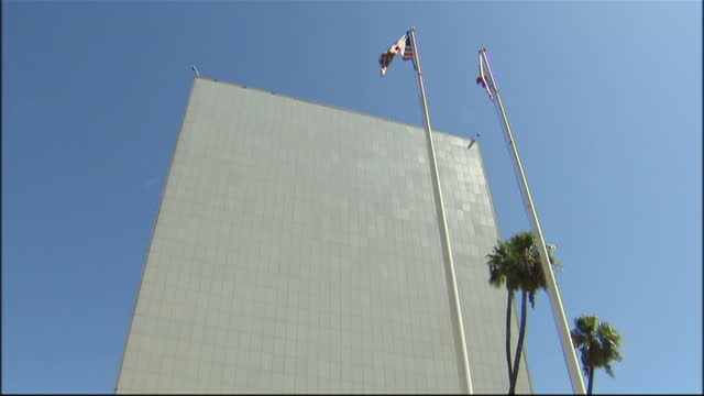 exterior shots of the los angeles police department headquarters building on august 25, 2009 in los angeles, california. - los angeles police department stock videos & royalty-free footage