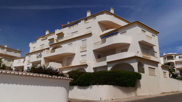 exterior shots of the ocean club apartments including the one where madeleine mccann disappeared from ten years ago on 3 may 2017 in praia da luz... - madeleine mccann stock videos & royalty-free footage
