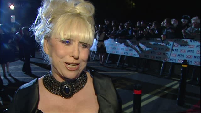 exterior shots of the red carpet arrivals of the 2006 national television awards at the royal albert hall, eastenders actress barbara windsor on 31th... - eastenders stock videos & royalty-free footage