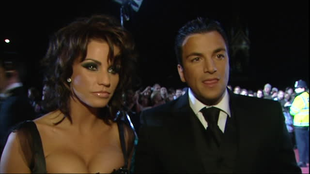 exterior shots of the red carpet arrivals of the 2006 national television awards at the royal albert hall, with katie price and peter andre on 31th... - soap opera stock videos & royalty-free footage